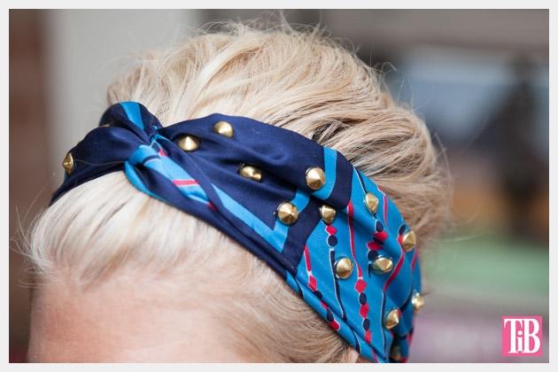повязка для волос из шейного платка