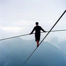 баланс между перепотреблением и скудностью ощущений