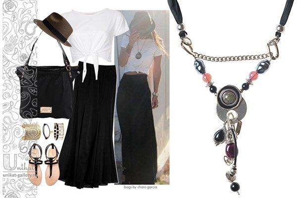 длинная юбка, сандалии и трикотажный топ - летний наряд
